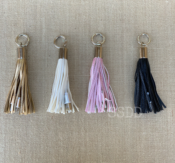 Olivia Tassel Charger Keychain - Android